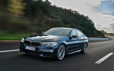La BMW M550i xDrive, plus sportive et plus connectée