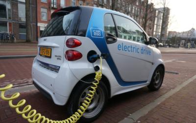 La France devient le premier pays européen de la voiture électrique !