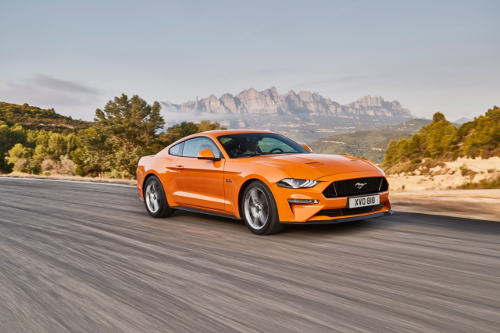Nouvelle Ford Mustang 2018 sur route