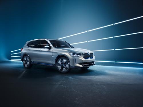 BMW iX3 Concept : un SUV électrique en préparation pour 2020