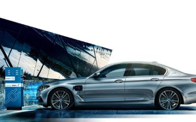 BMW : le premier constructeur à lancer la charge par induction