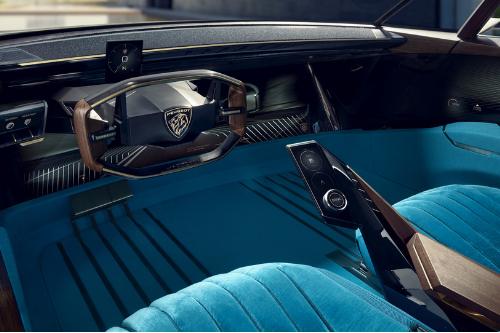 L'intérieur de la Peugeot E-Legend